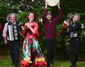 Tatcho Drom - Balkan and gypsy melodies and rhythms from Eastern Europe